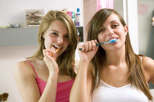 brushing-your-teeth
