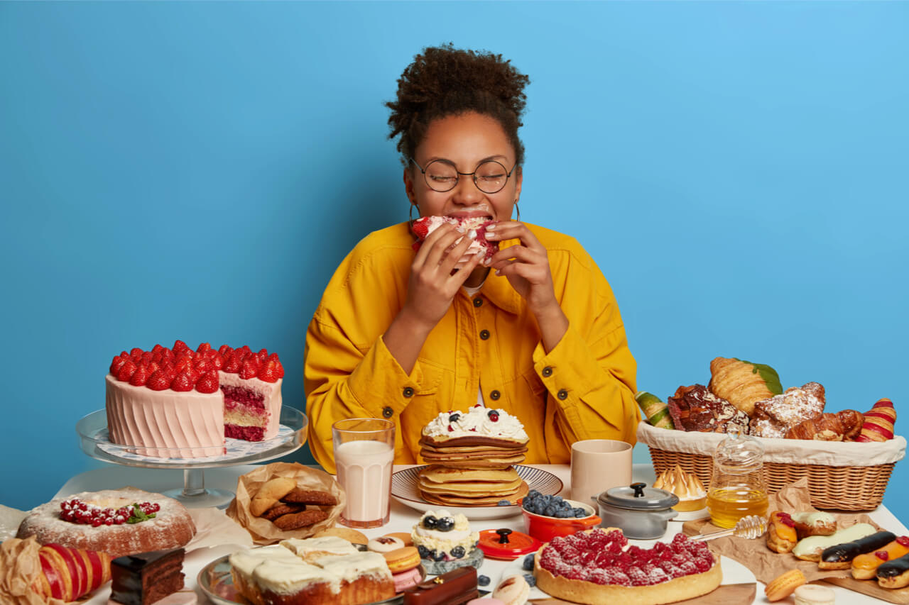 stress eating with desserts